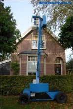 Zelfrijdende kniktelescoophoogwerker 12 meter