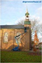 Bladervrij maken kerk in Borssele