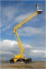 Zelfrijdende knikarmhoogwerker 10 meter werkhoogte