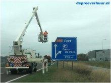 Herstel verkeersborden A58